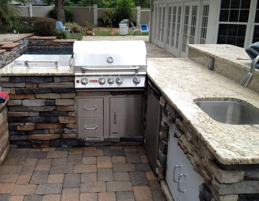 Outdoor kitchen builder in Orlando
